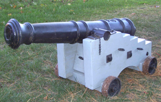 3 Pounder Cannon With Garrison Carriage